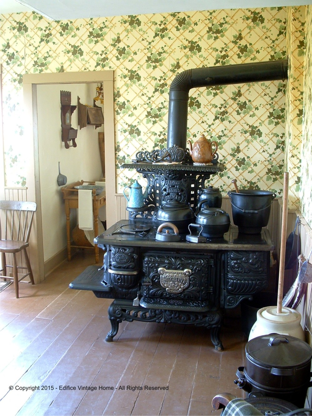 Antique Stoves Copyright 2015 Edifice 5