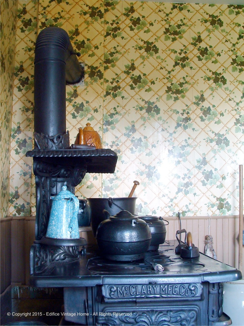 Antique Stoves Copyright 2015 Edifice 6