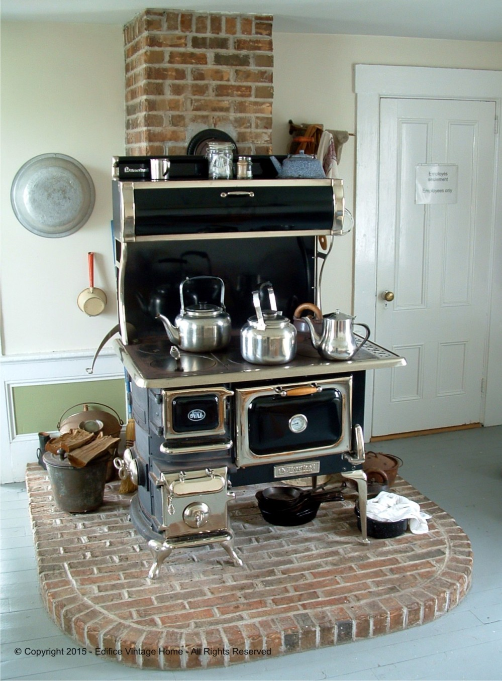 Antique Stoves Copyright 2015 Edifice 7